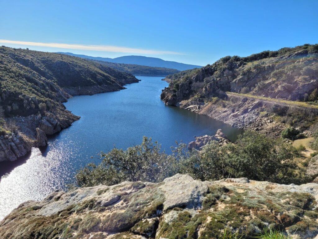 Ruta: Mangirón - Cañón del Lozoya - Embalse del Villar - Cañón del Lozoya