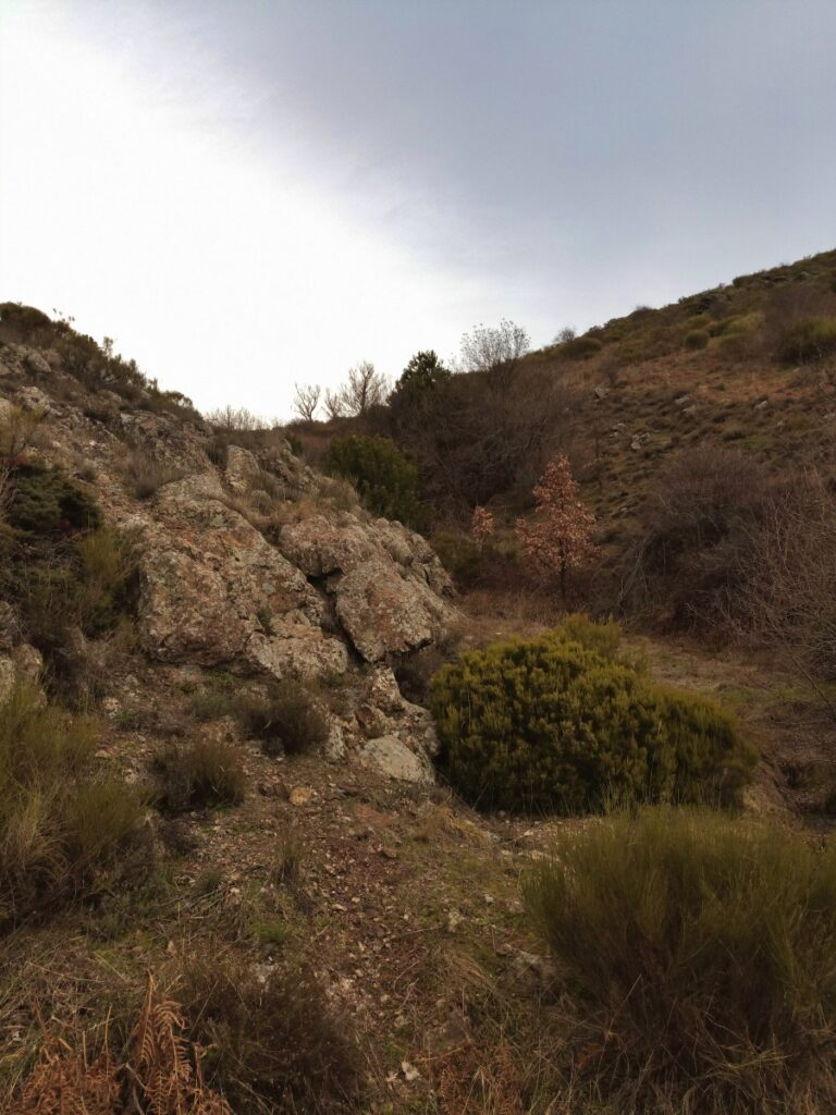 Mina de plata de Bustarviejo y cima del Mondalindo - Subida a la mina