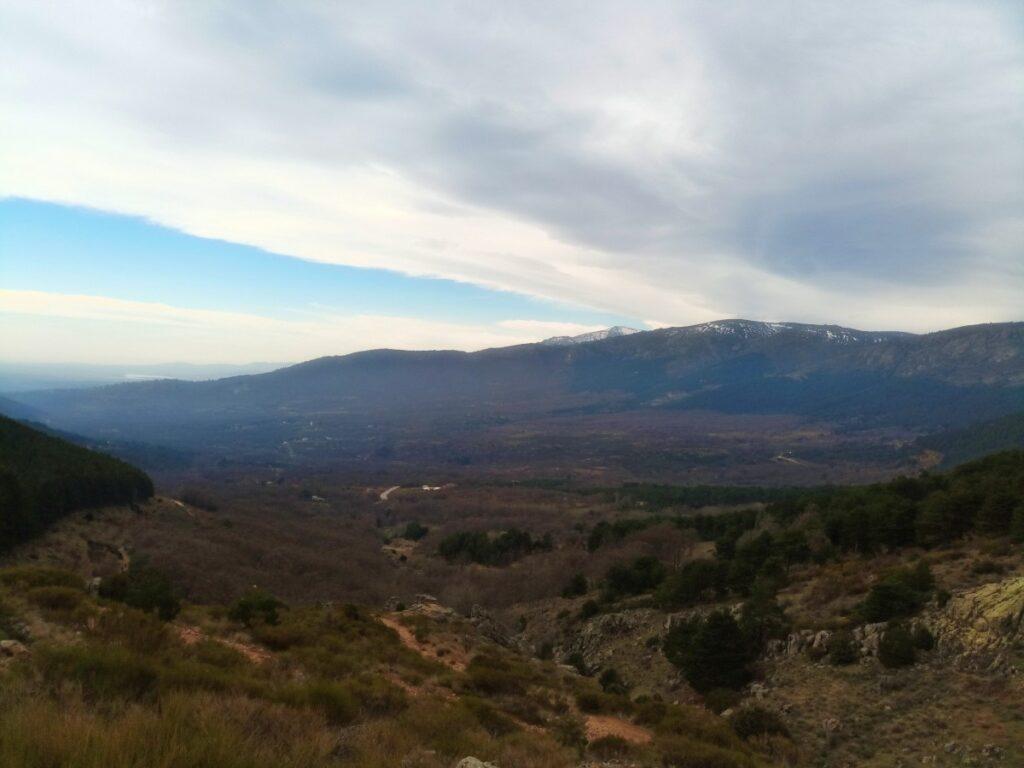 Mina de plata de Bustarviejo y cima del Mondalindo - Valle hacia Miraflores