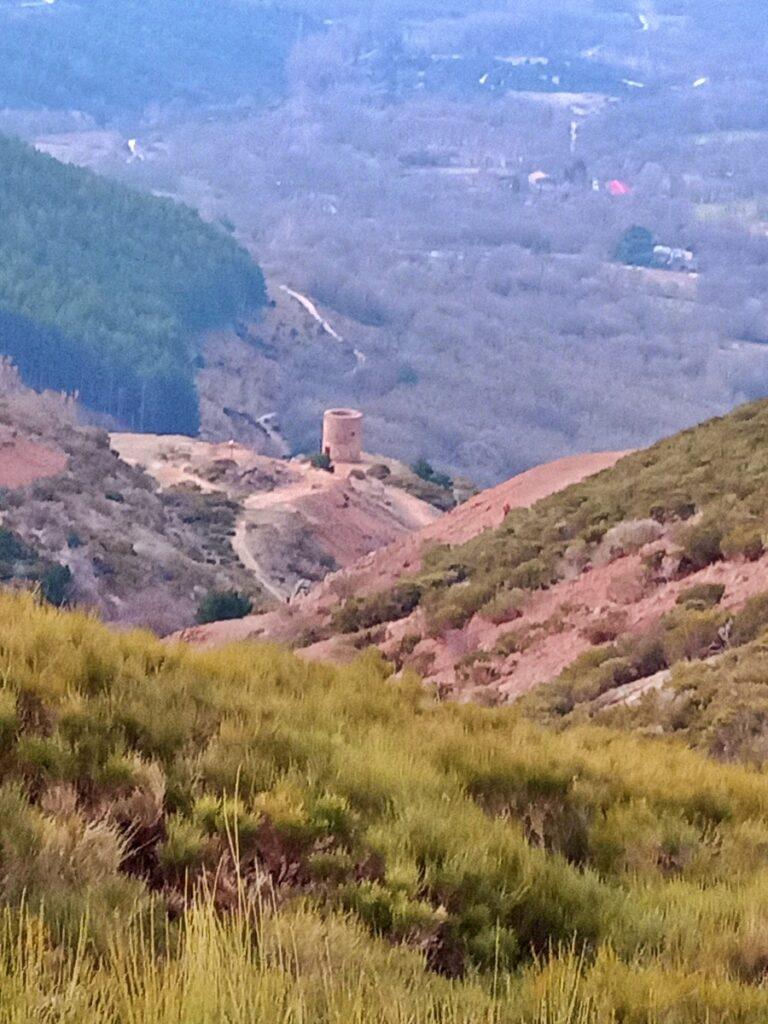 Mina de plata de Bustarviejo y cima del Mondalindo - Subida al collado